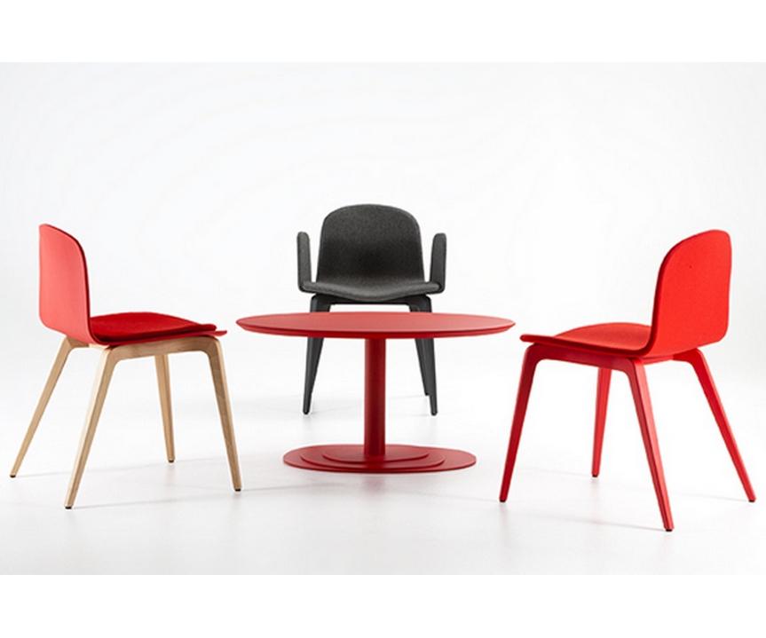 Silla bob ondarreta xl madera con brazos sillas mesas y for Sillas comedor madera con brazos